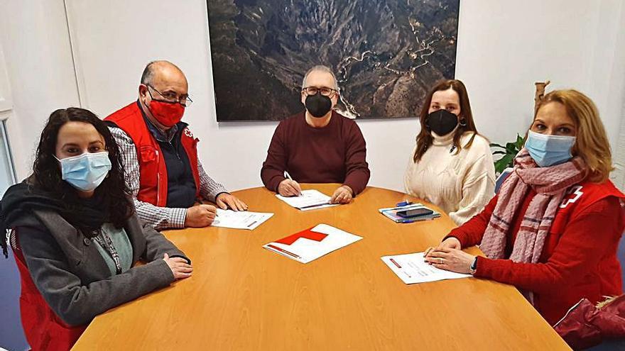 Tres planes de la Cruz Roja de Villalonga para atención social