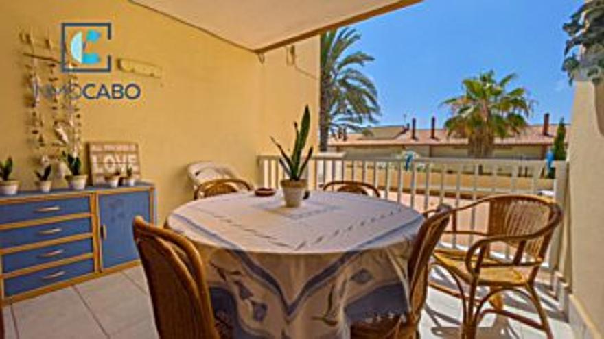 158.000 € Venta de piso en La Manga del Mar Menor 95 m2, 3 habitaciones, 2 baños, 1.663 €/m2, 1 Planta...