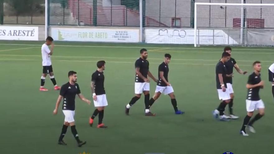 El Alcoyano derrota al Eldense gracias a los goles de Ángel, Miranda y Mullor