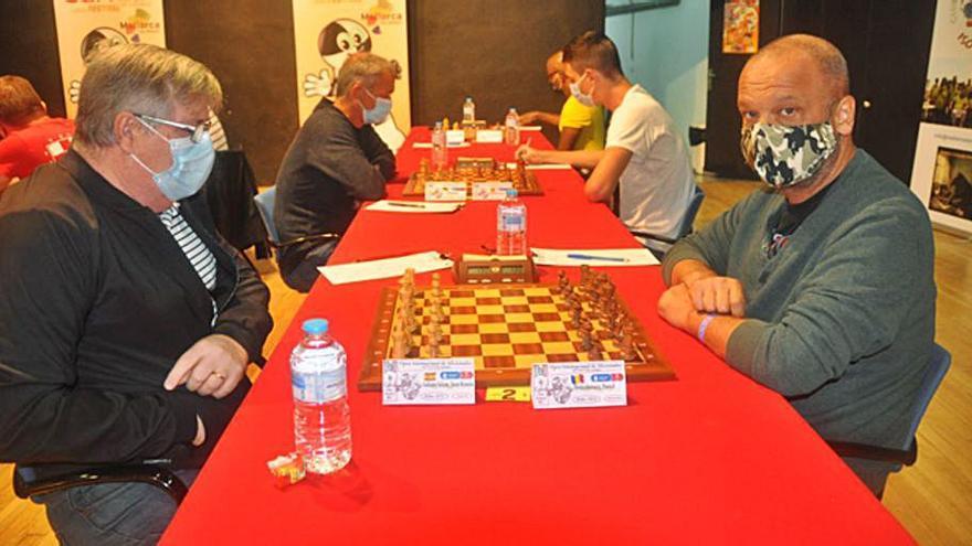 Juan Ramón Galiana sigue segundo en el Open de ajedrez de Calvià