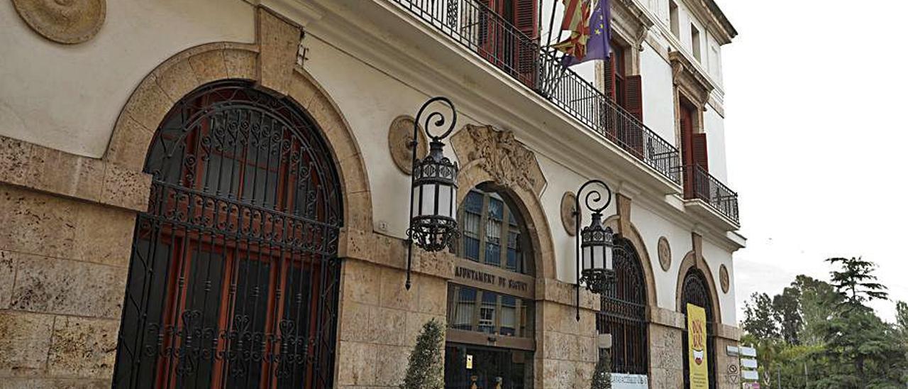 Ayuntamiento de Sagunt.   TORTAJADA
