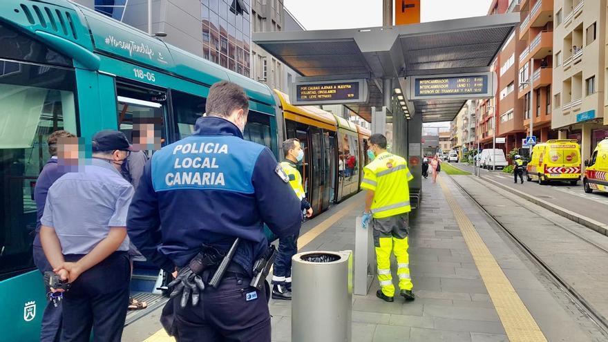 Cuatro heridos tras un incidente en el tranvía de Tenerife