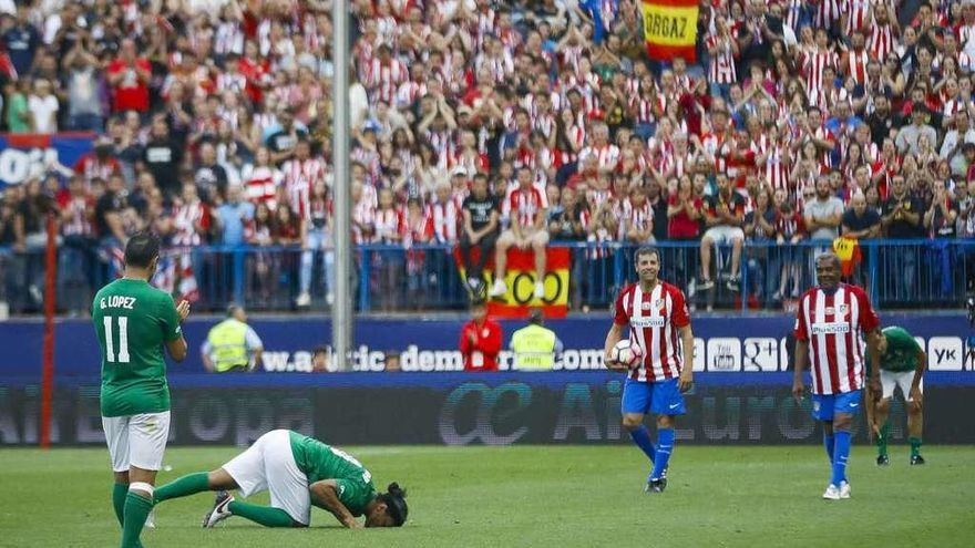 Fútbol de leyenda para el adiós al Vicente Calderón