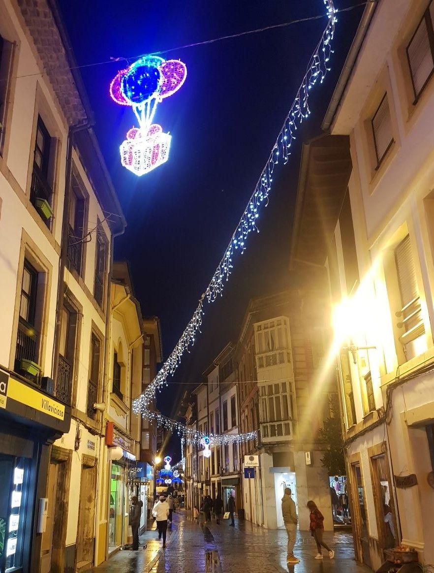 LNE  luces calle del Agua.jpg