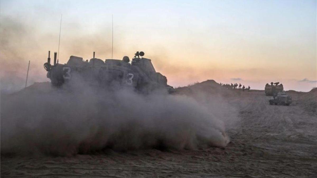 Israel ataca puestos de Hamás en Gaza en respuesta a globos explosivos