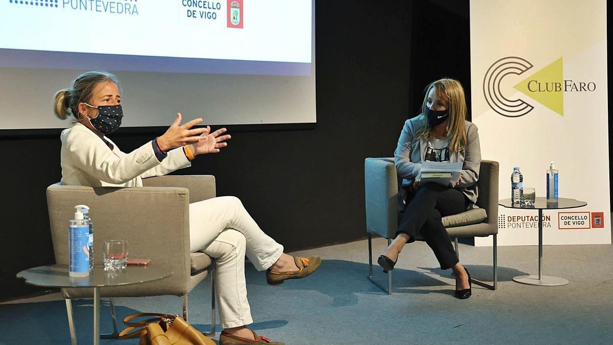 Alicia Vallina fue entrevistada por la periodista Ana Lago-Bergón. |   // ALBA VILLAR