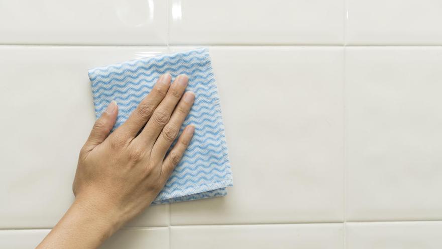El truco para dejar los azulejos de casa como nuevos