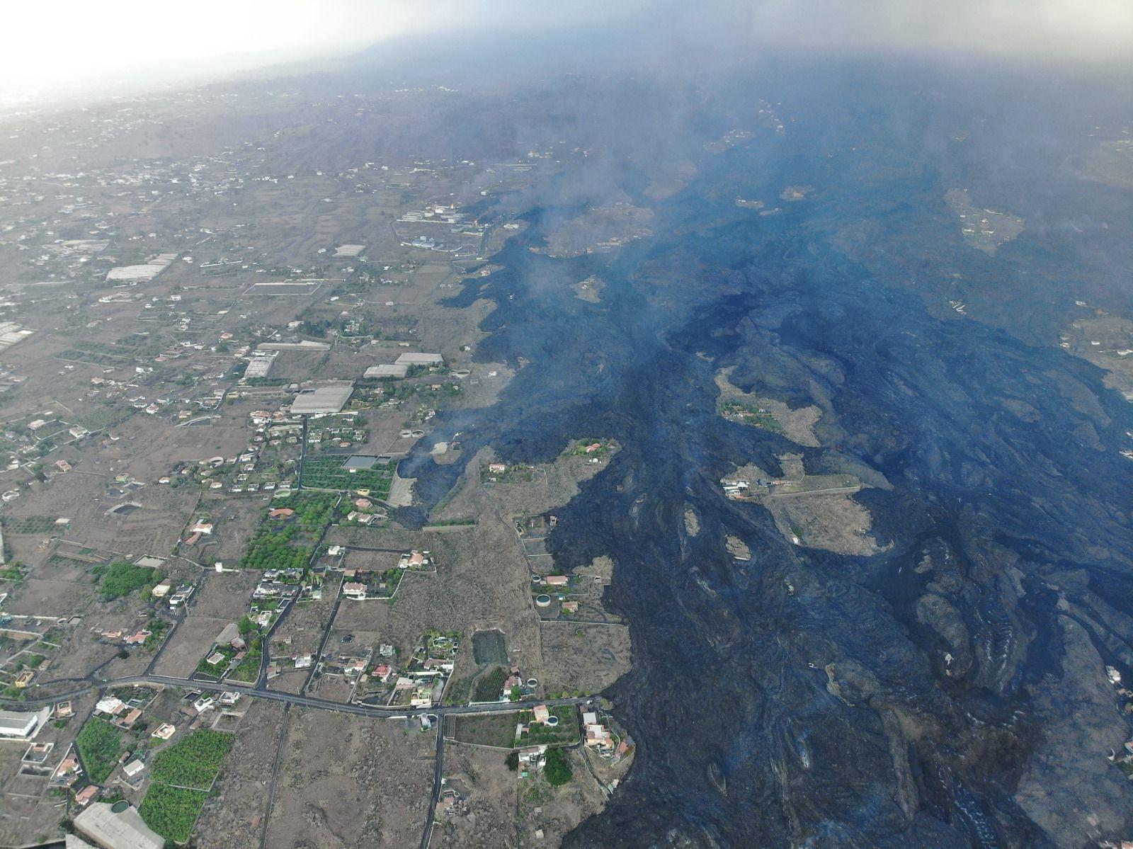 Así avanza la colada del volcán de La Palma hacia el mar (11/10/21)