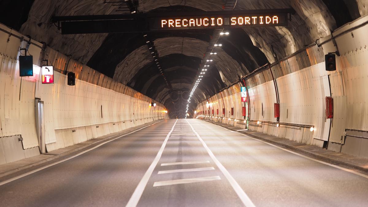Interior del Túnel del Cadí