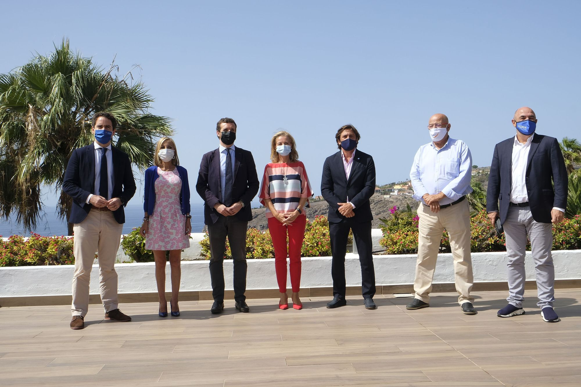 Pablo Casado se reúne en La Gomera con empresarios turísticos y miembros de la ejecutiva regional del PP