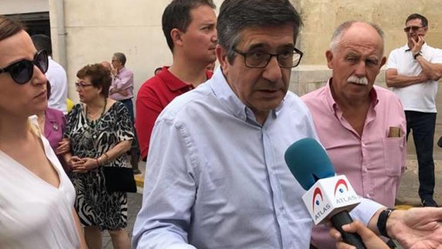 Patxi López condiciona la mejora de la financiación  a una reforma fiscal