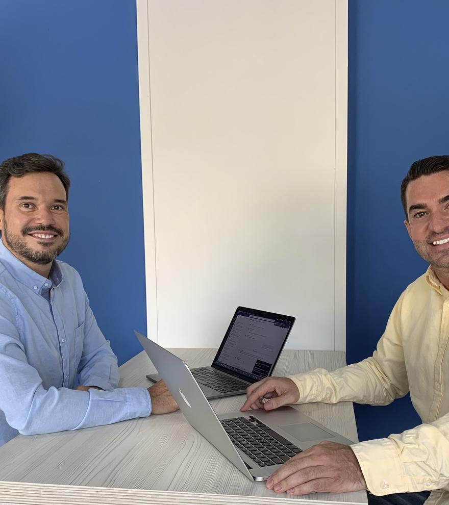 Jaime de la Calzada, gerente de Netllar Alicante y Luis Rodes, director de la zona Alicante.