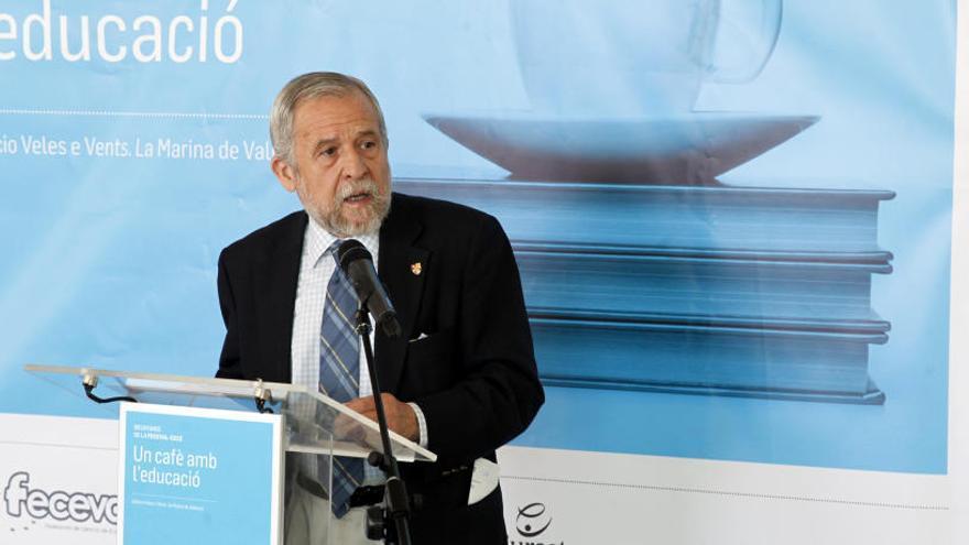 Mora Teruel, doctor en Neurociencia, inaugura los Desayunos FECEVAL