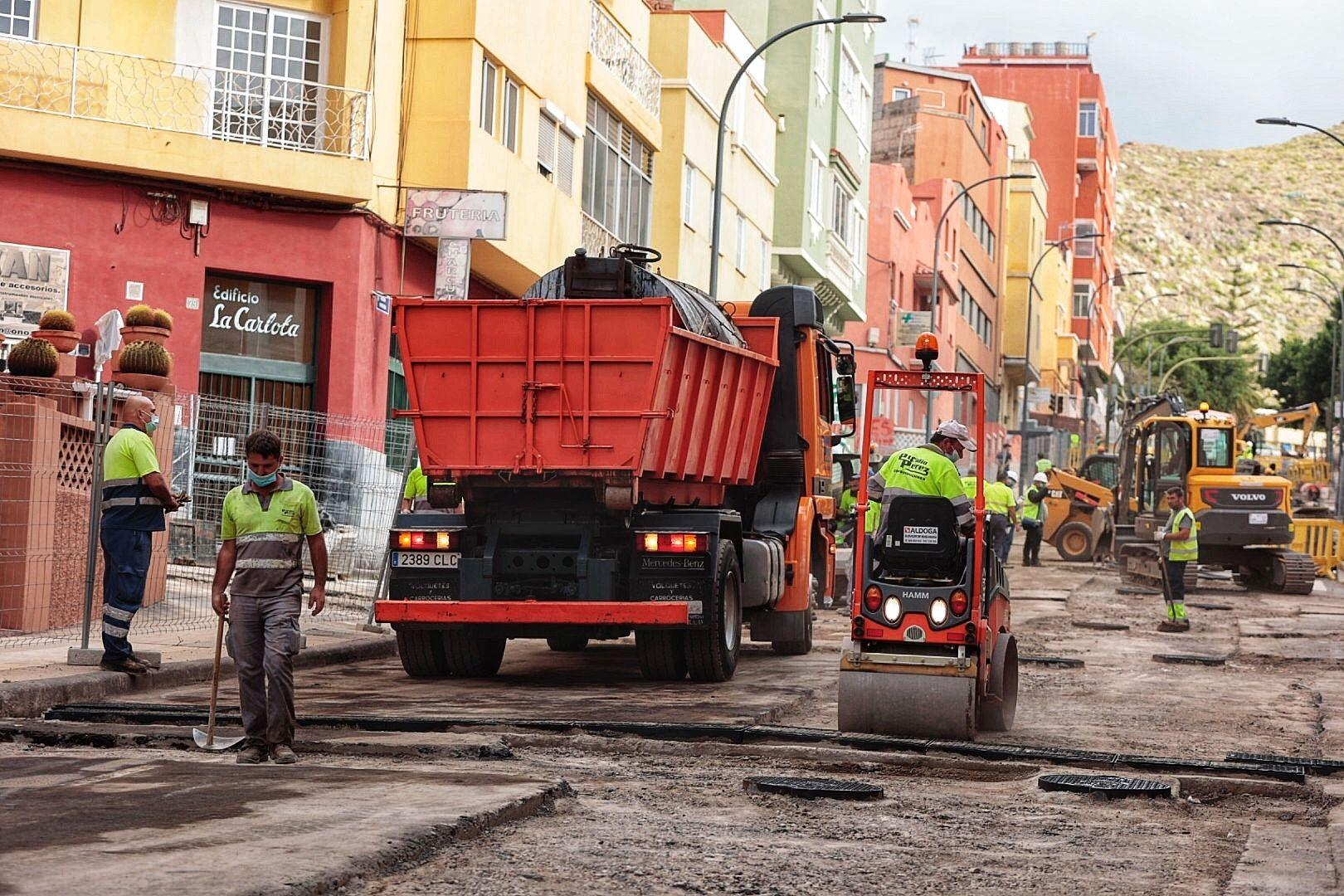 Asfaltado de la avenida de Venezuela