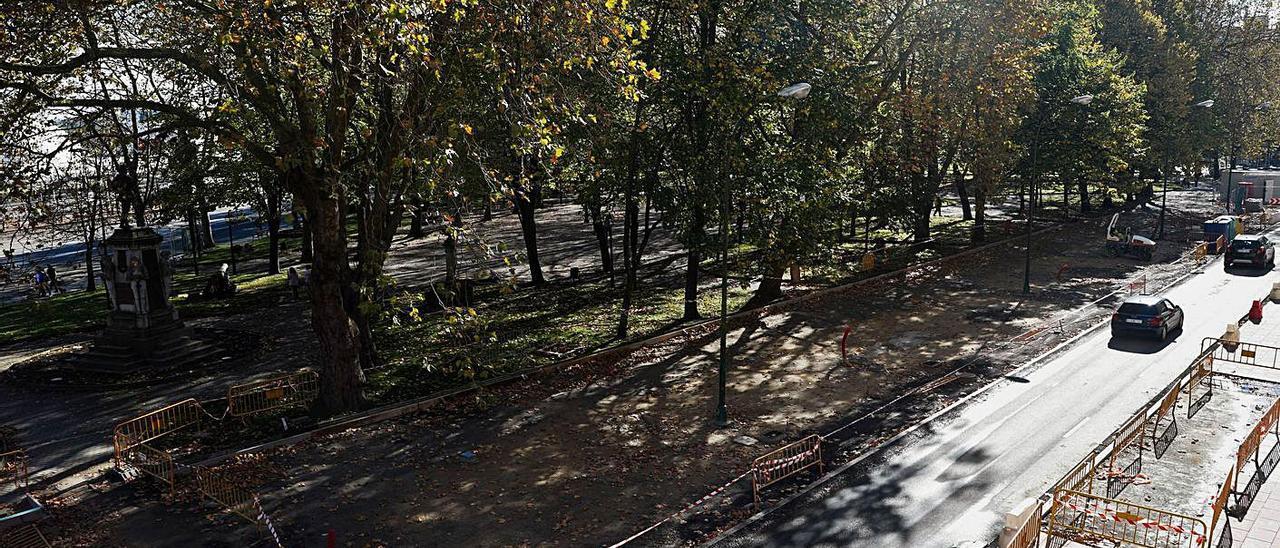 El parque del Muelle, con la calle Emile Robín en obras.
