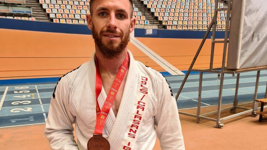 Un bronce para Shane Finn, del club Dosys-Calasans de Sant Antoni