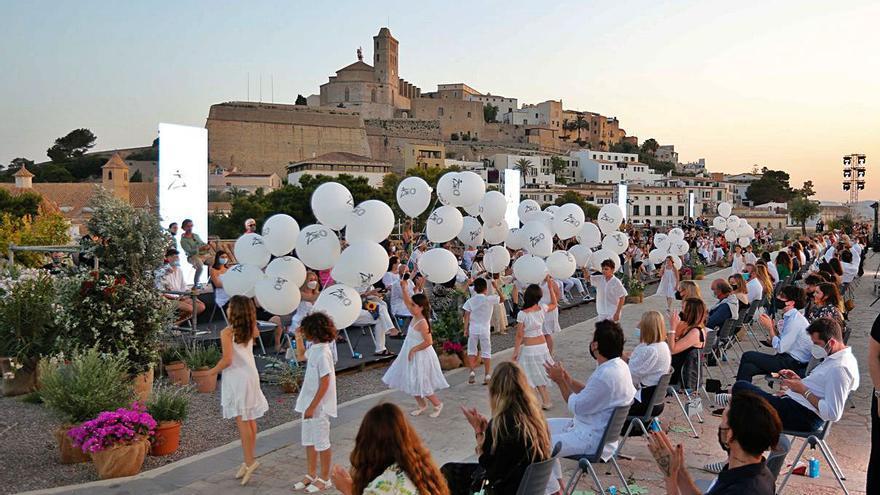 Pasarela Adlib de Ibiza: la invasión de las ultramodelos
