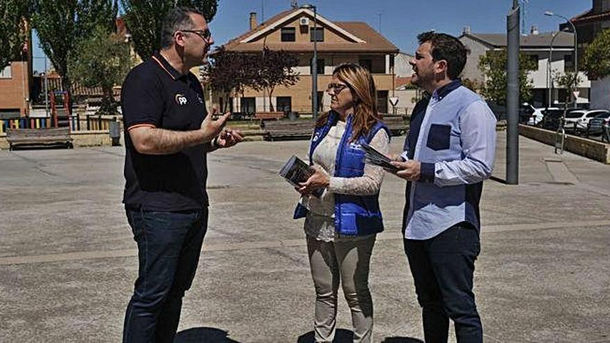 Martín Pozo habilitará una biblioteca para la margen izquierda de Zamora en la FRAH