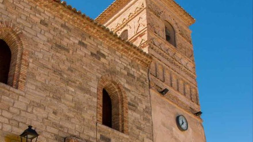 Castejón de Valdejasa bucea en su historia en busca de sus raíces