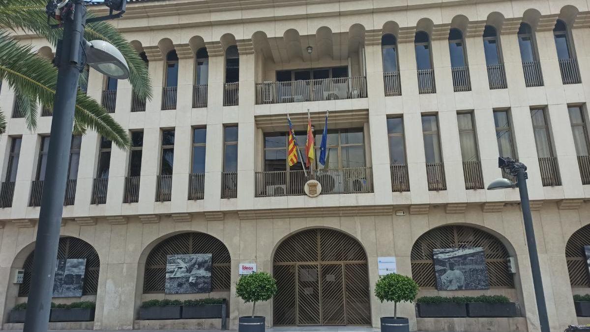 El Ayuntamiento de Sant Joan d'Alacant.