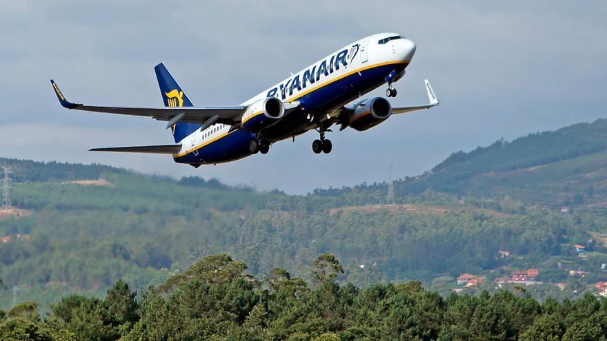Ryanair contraataca a Iberia Express: 100.000 billetes desde 10 euros