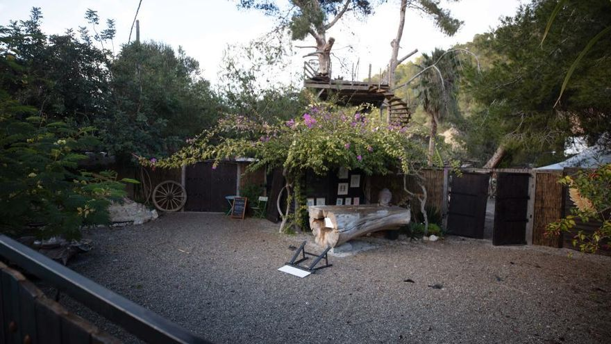 Incendio en Ibiza: «El bar y la cocina han quedado destrozados»