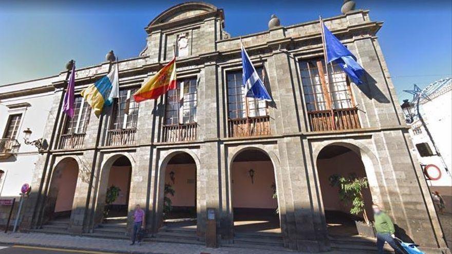 La Laguna activa una lista de reserva con 15 técnicos para agilizar el Ayuntamiento
