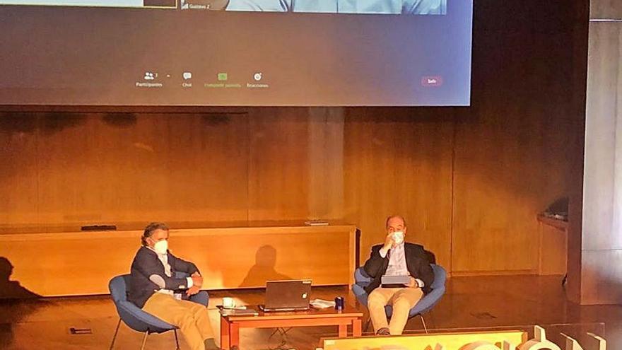 Emocionante conferencia de Gustavo Zerbino