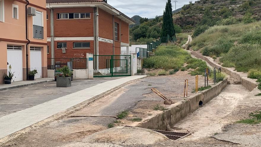Sin noticias de Educación sobre la cesión de obra del Rosario Pérez