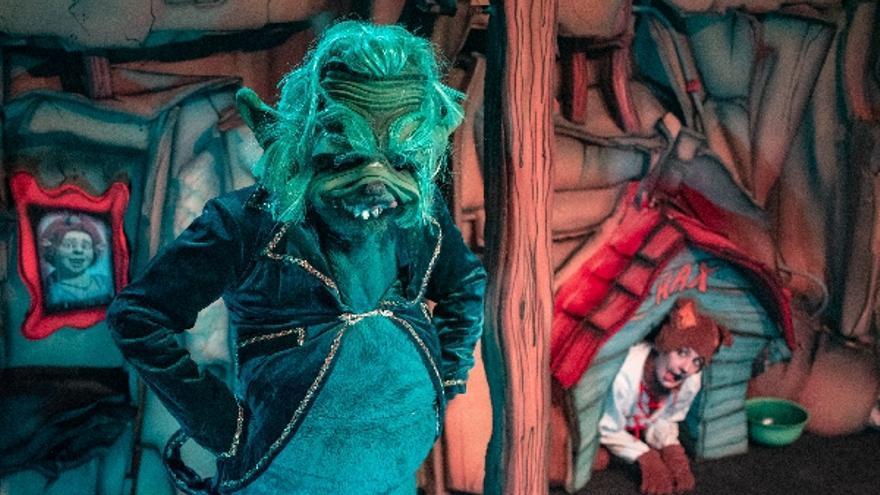 El Grinch y cómo casi roba la Navidad