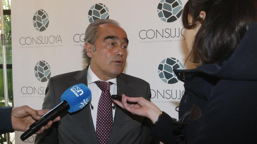 Rafael Valenzuela deja la presidencia de Consujoya