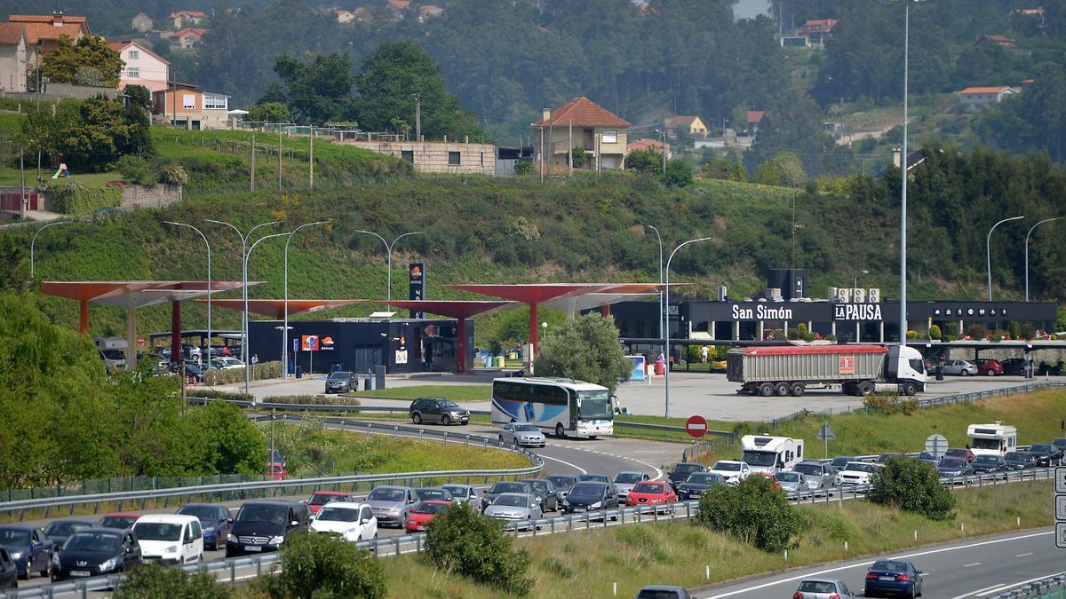 Área de servicio de San Simón, en la AP-9.