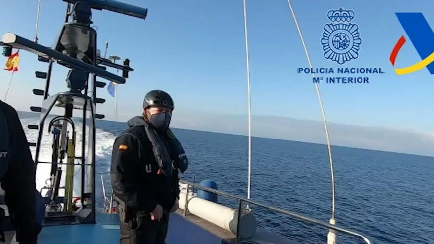 Cinco detenidos con 2.000 kg de hachís en una narcolancha en el Mediterráneo