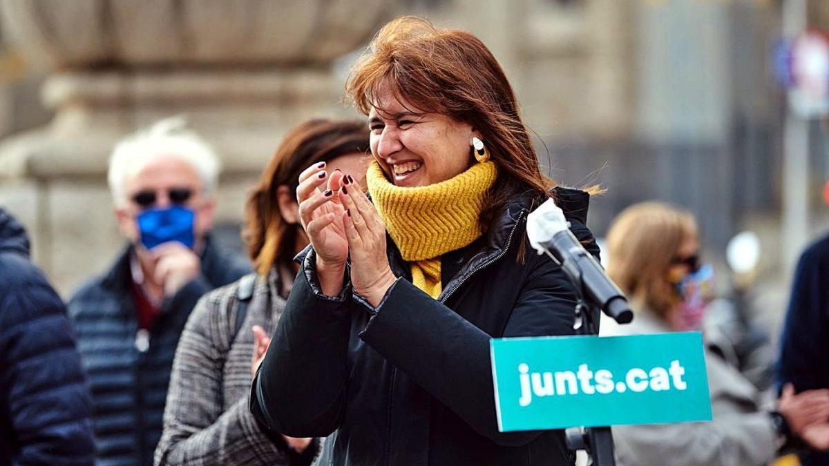Laura Borràs ahir durant l'acte d'inici de la campanya de recollida de firmes