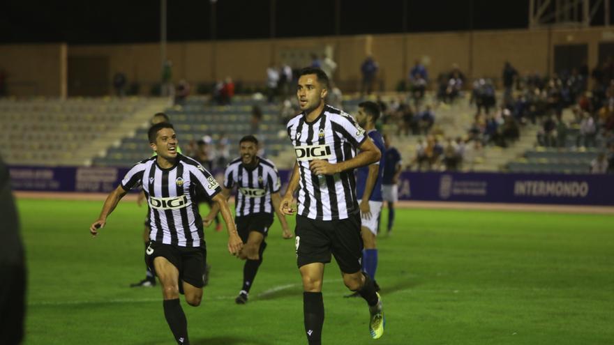 David Cubillas marca un gran gol que le da los tres puntos al Castellón