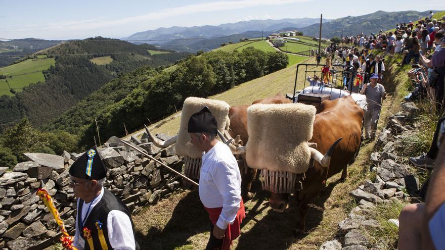 Los vaqueiros asturianos, protagonistas en Valladolid