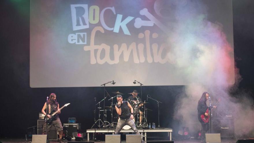 Los sonidos a lo Iron Maiden levitan en el Mar de Vigo