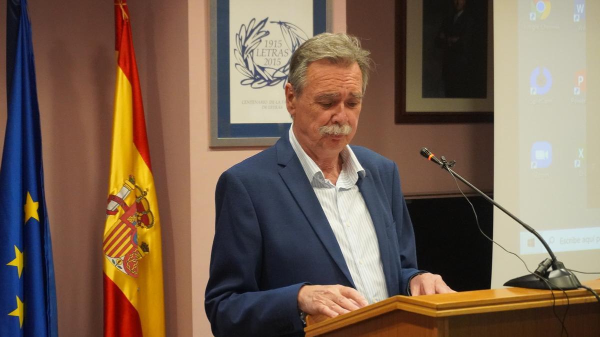 El catedrático de la UMU Pedro Mª Egea recibe el premio Memoria Histórica de la Región de Murcia