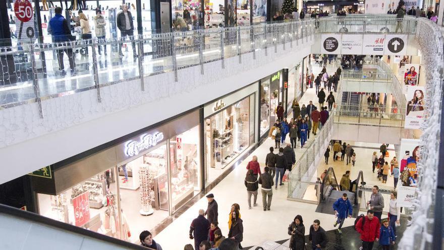 Centros comerciales y tiendas de El Corte Inglés abiertos en domingo en Valencia en 2017