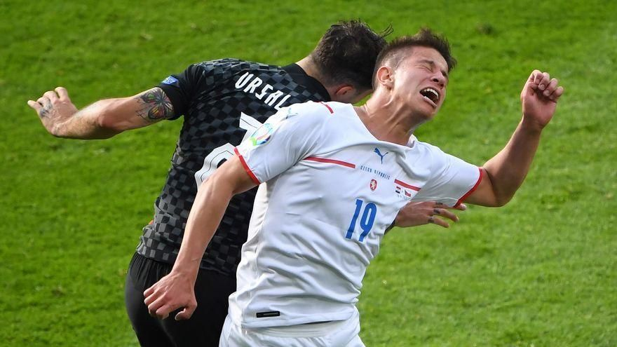 Croacia no pasa del empate ante la República Checa y se complica el pase