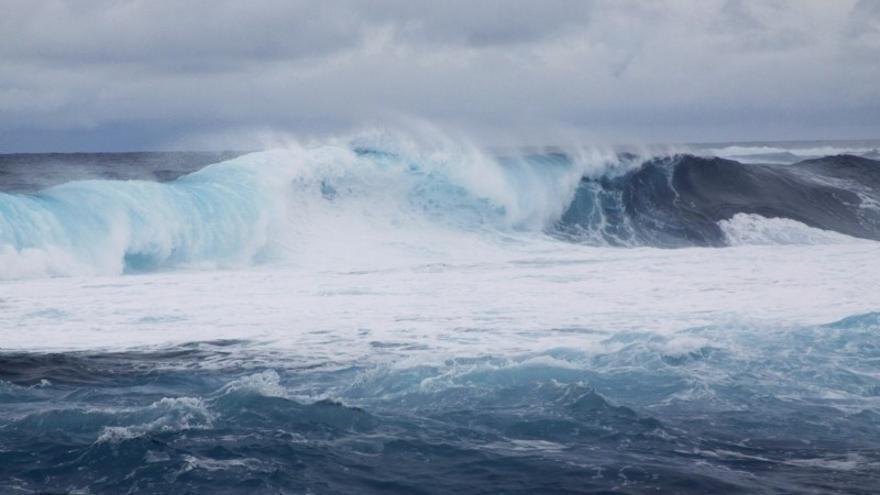 Gran Canaria y Tenerife estarán este domingo en aviso amarillo por fuerte oleaje