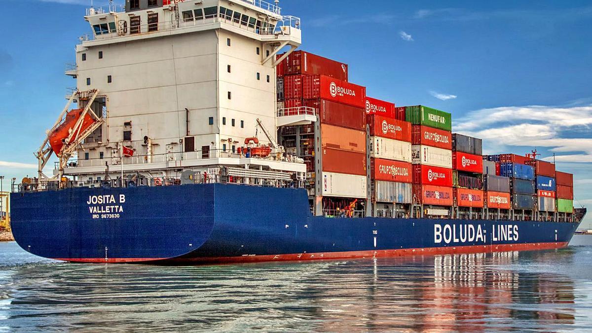 Boluda Lines ofrece una conexión diaria entre la Península   y Canarias