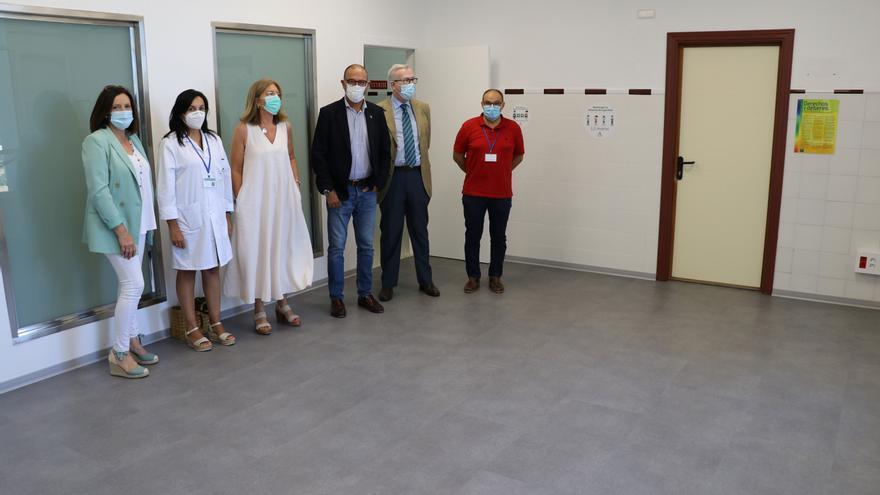 Abren las nuevas salas de educación maternal y retinografía de los centros de salud de Ronda