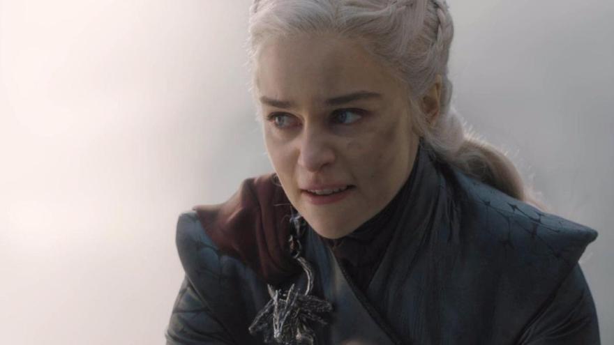 Emilia Clarke denuncia machismo en el set de 'Juego de tronos'