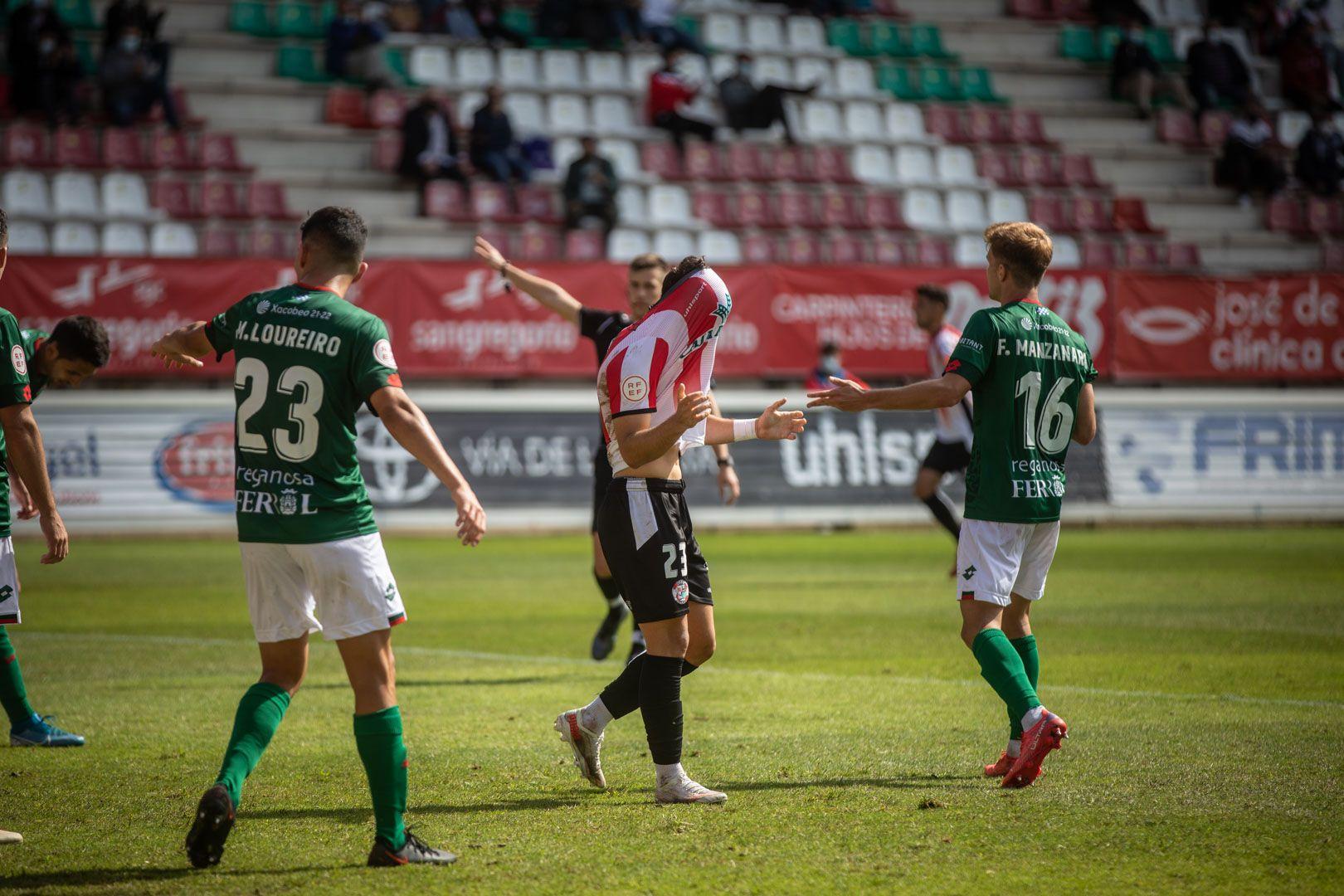 GALERÍA | Las mejores imágenes del partido entre el Zamora CF y el Racing de Ferrol