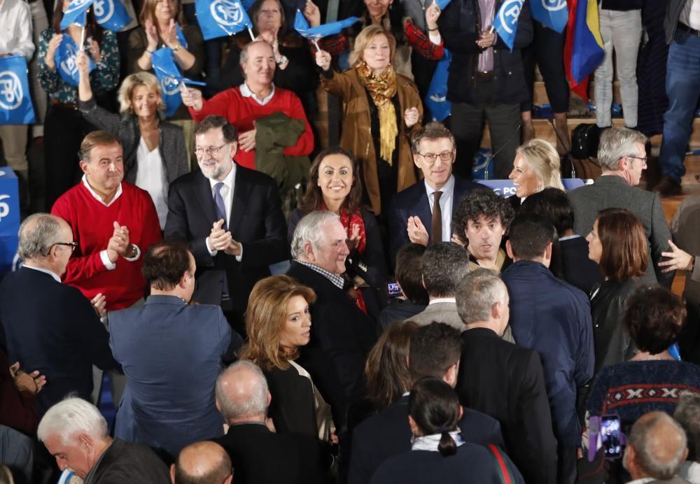 Rajoy compartió escena con Feijóo y otros líderes del PP en el Mar de Vigo