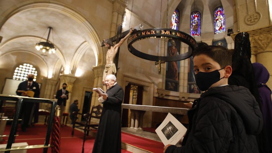 Semana Santa de Gijón: Los niños, protagonistas en el Vía Crucis del Viernes Santo