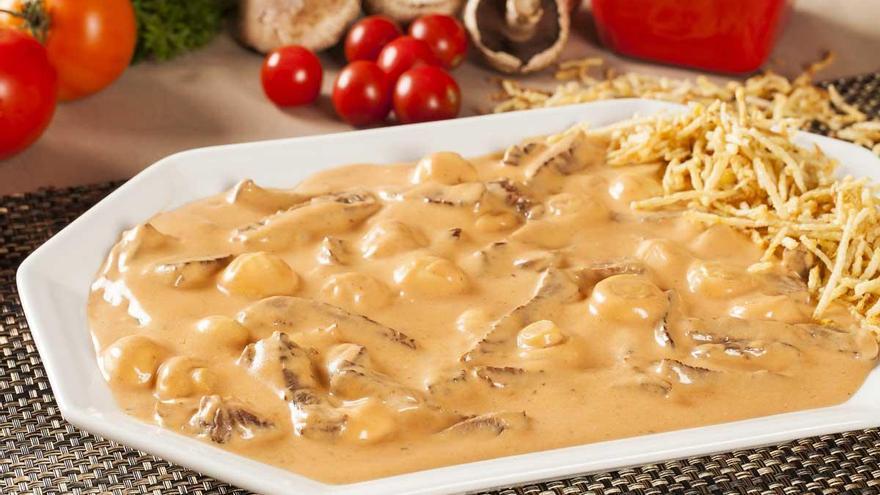 Cómo preparar la ternera Strogonoff con salsa de champiñones