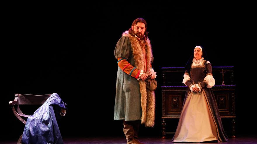 """Así se viven las horas previas a un estreno teatral: Luz de Gas lleva a las tablas del Palacio Valdés """"Tan noble reina como eres"""""""