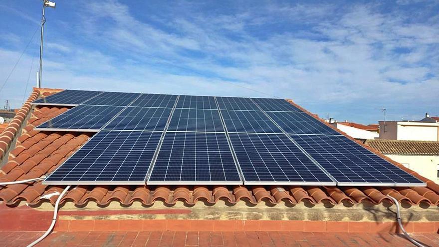 Beniflà reducirá un 80% la factura de la luz con 43.560 € en placas solares